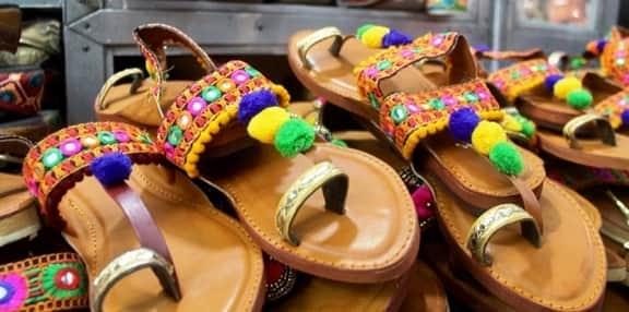 Tourist Shoes