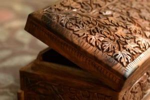 wallnut wood carving